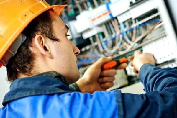 electricista urgencias Alquerías del Niño Perdido