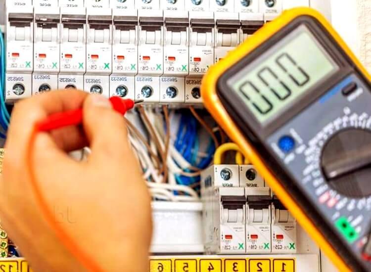 electricistas urgentes Perafort