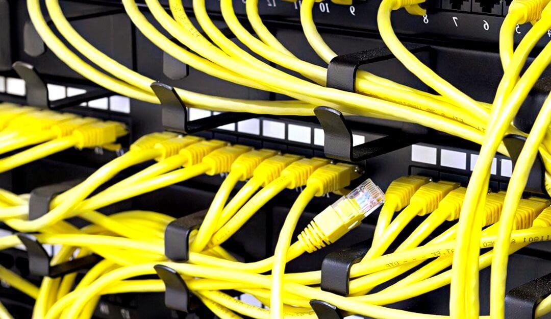 el electricista Camas reparando averías eléctricas