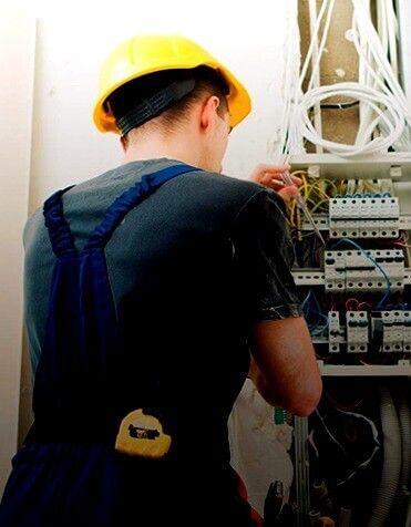 electricistas de Arregla2 Arenys de Mar autorizados
