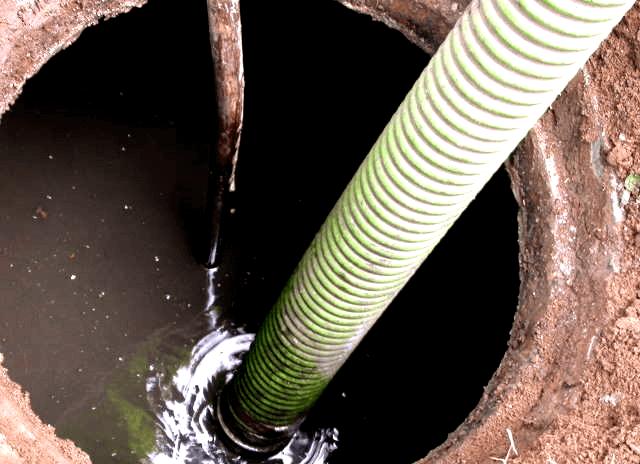 arreglo de atascos o desatascos de fosas septicas